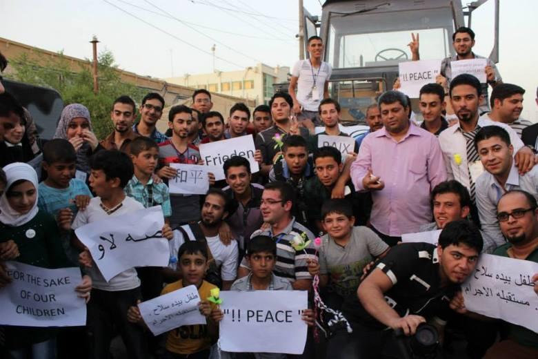 مبادرة فريق موجة لتشريع قوانين تمنع دخول العاب الاطفال العنيفة الى الاسواق العراقية